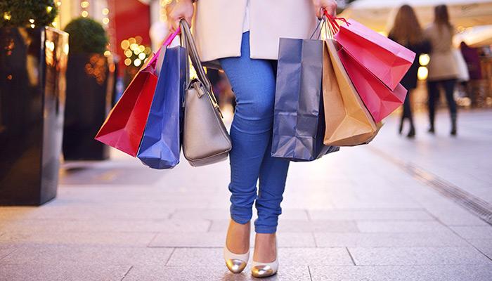 De ce fug barbatii de shopping